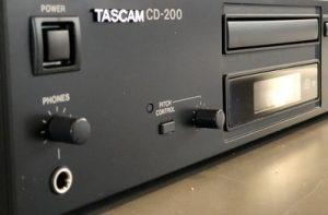 備品 TASCAM ピッチコントローラー CDの再生速度を変えられます